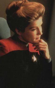 Star Trek Voyager - Captain Kathryn Janeway (Kate Mulgrew).