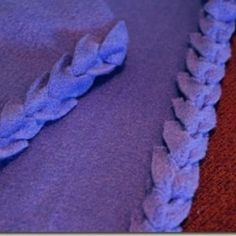 Finishing the edge on Fleece Blanket with Fancy Edging Tutorial {Fleece}