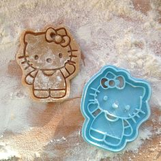 Hello Kitty cookie stamp. For Hello Kitty great cookies!   Model One part cookie cutter.  Cookie cutters color may be different from pictures.   Size Cookie cutter is 4 inches height.   Care Please, wash the cutter before use. HAND WASH ONLY in warm water, not dishwasher safe.   Fabric Cookie cutter is printed on 3D-printer with PLA plastic. PLA is a biodegradable and environmentally friendly plastic derived from natural resources such as corn starch, tapioca roots or sugarcane.   Use…