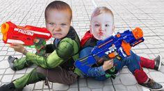 CRYING BABIES Superheroes Gun Battle! w/Hulk Baby vs Superman Baby ,Spid...