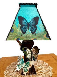 Geyda's Craft Creations: Madison De Madeline Large Butterly Lamp
