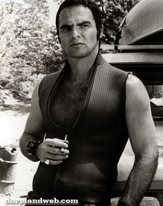 """Reynolds' breakthrough role was 1972's """"Deliverance,"""" which established him as both a star and a serious actor. Description from davelandweb.com. I searched for this on bing.com/images"""