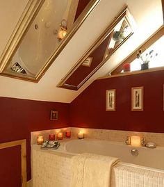 Our attic bathroom would be shaped like this!