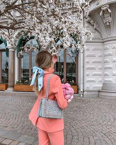 Human Bean, Back Art, Feminine Style, Russia, Luxury Fashion, Ruffle Blouse, Mood, Cute, Photography