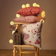 Nová kolekcia vianočného bytového textilu . www.sashe.sk/Maxi Wicker, Throw Pillows, Chair, Bed, Handmade, Furniture, Home Decor, Toss Pillows, Hand Made