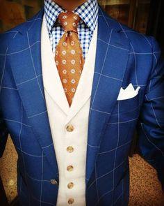 "quenteu: "" Un gilet vous change un costume. A waistcoat change a suit. #waistcoat #suit #suitandtie #pocketsquare #pochette #suitsupply #linen #lin #vitalebarberiscanonico #sartorialist #sartorial #elegant #elegance #fashion #fashionman #mode #chic..."