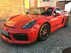 Beautiful red Cayman GT4
