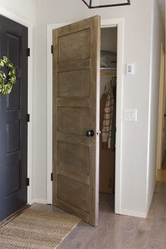DIY Hollow Core to Salvaged Door Makeover Hollow Core Interior Doors, Hollow Core Doors, Interior Barn Doors, Interior Exterior, Interior Design, Exterior Doors, Diy Interior, Scandinavian Interior, Contemporary Interior