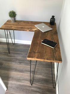 Excited to share this item from my shop: Modern Rustic Industrial Reclaimed Scaffold Wood Corner Desk With Hairpin Legs caps design ideas VICTORIA- Modern Rustic Industrial Reclaimed Scaffold Board Corner Desk With Hairpin Legs Woodworking Furniture, Diy Furniture, Barbie Furniture, Furniture Design, Garden Furniture, Woodworking Plans, Fireplace Furniture, Woodworking Techniques, Handmade Furniture