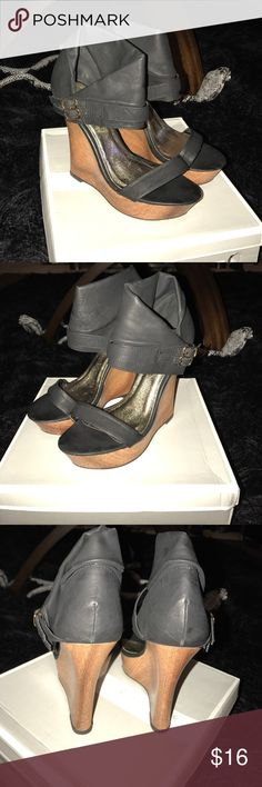Cute Fahrenheit black wedge sandals sz 5.5 Super cute Fahrenheit faux wood and black wedge sandals sz 5.5. Excellent condition😍 only has very small unnoticeable mark on right shoe wedge which was there when purchased. Comes with box😊 fahrenheit Shoes Wedges