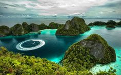 nature, Landscape, Island, Tropical, Forest, Sea, Rock, Limestone, Boat, Clouds, Beach, Vacations, Summer, Indonesia Wallpaper