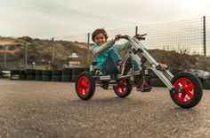 The constructible Infento includes designs for a variety of bikes, trikes, scooters, go-karts, and transporters