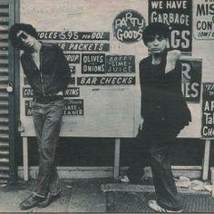"""Ce week-end dans """"SOUND OF THE EIGHTIES"""" vous attend le minimalisme radical du duo new yorkais SUICIDE. La voix d'ALAN VEGA telle celle d'un Elvis Pesley déjanté et les synthés crades de MARTIN REV, le tout mêlant simplicité et authenticité n'ont plus jamais cessé de nous hanter depuis leur premier album éponyme à la fin des années 70."""