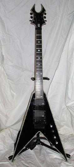 ( PRESENT ) BC RICH- DELUXE V JR Guitar- jA