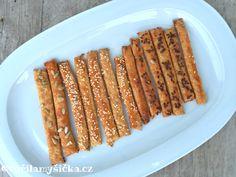 Velmi jedlé tyčinky, které mohou posloužit jako domácí slaná chuťovka nebo jako příloha ke krémovým zeleninovým polévkám.