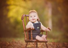 Outdoor Baby Photography, Porch Swing, Outdoor Furniture, Outdoor Decor, Newborn Photographer, Little Ones, Yard Furniture, Small Forearm Tattoos, Bench Swing