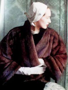 Dior mink coat                                                                                                                                                                                 Mais