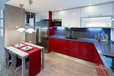 Cocinas bicolor para casas especiales #diseñodecocinas #cocinasmodernas #cocinasmadrid #mueblesdecocina #exposicionCocinas