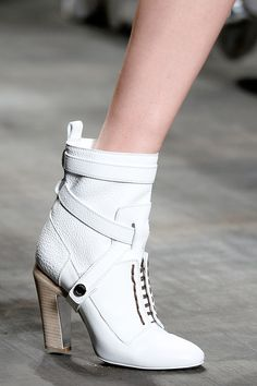 Check out the best pairs of shoes — from glittery boots to colorful sneakers — from the runways of Fashion Month. Heeled Boots, Bootie Boots, Ankle Bootie, Define Fashion, Colorful Sneakers, Sexy Boots, White Boots, Hot Shoes, Shoes Sandals