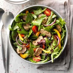 Savory Pork Salad Pork Recipes, Salad Recipes, Cooking Recipes, Healthy Recipes, Healthy Food, Recipies, Pork Salad, Fruit Salad, Asian Chicken Salads
