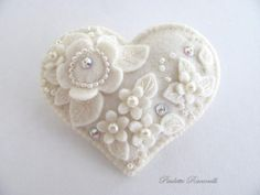 .sweet white heart with loads of pearly detail