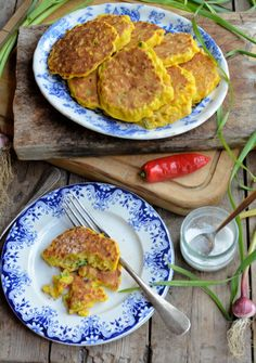Wild Garlic and Chilli Sweetcorn Fritters (185 Cals) by Pinch of Yum