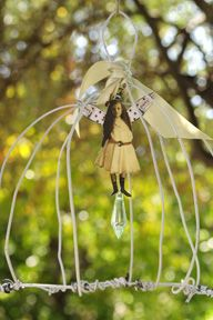 """Don't Fly Away - bird cage made from hangers (""""No more wire hangers! Adult Crafts, Diy And Crafts, Green Craft, Recycling, Fairy Crafts, Recycled Art, Recycled Materials, Do It Yourself Crafts, Bird Cages"""