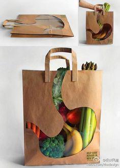 购物袋:购物袋中间设置了一道透明的形状,刚好就是胃的造型,买好东西之后,远远望去,就像是一幅X光照片,吃得好健康。
