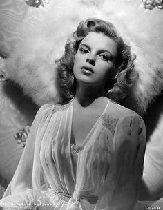 Judy Garland  c.1945