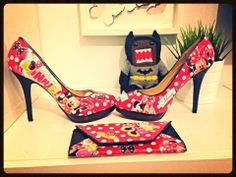 Hand made Minnie Mouse shoes by Marvelous Designs