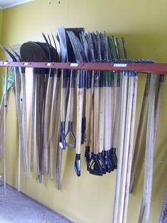 Úvod do pěstitelství Clothes Hanger, Home, Coat Hanger, Clothes Hangers, Ad Home, Homes, Clothes Racks, Haus, Houses