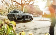 Start the week in style. #MBPhotoCredi