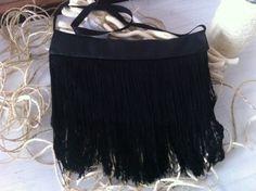 Con fleco de seda Drawstring Backpack, Backpacks, Chic, Bags, Vintage, Fashion, Bangs, Silk, Shabby Chic