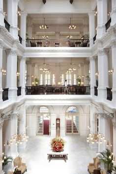 City guide: The lobby of Raffles Hotel #Singapore
