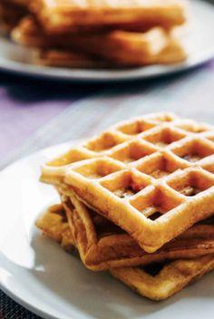 Low Carb Easy Waffles | Sugar Free Grain Free - The Keto Diet Recipe Cafe