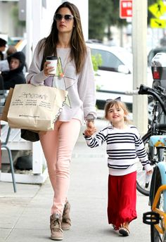 Alessandra Ambrosio wearing Givenchy Croc-Stamped Large Pandora Messenger, Ash Bowie Sneakers in Chamois, Wildfox Ice Witch Pfeiffer Sweater in Grey Gardens, Siwy Denim Hannah Slim Crop Jean in Taffy and Samantha Wills Romancing the Stone Necklace.