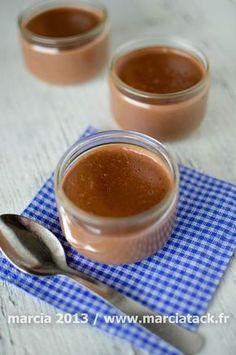 10 petites minutes seulement sont nécessaires pour réaliser ces crèmes danette maison sans oeuf.