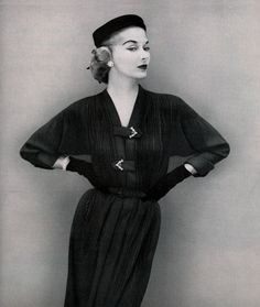 Lady Grace Fashions 1951  Model Lisa Fonssagrives-Penn