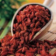 Goji Berries Goji Berry Recipes, Red Skin, Eggplant, Almond, Berries, Seeds, Label, Potatoes, Stuffed Peppers