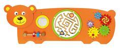 Wandspeelbord Beer  Dit speelelement biedt verschillende speelmogelijkheden voor kinderen. Het element is groot genoeg om meerdere kinderen tegelijkertijd er mee te laten spelen maar doordat het bord aan de muur bevestigd wordt neemt het slechts een beperkte ruimte in. Ideaal voor de wachtkamer, behandelruimtes of gewoon als muurdecoratie op de kinderkamer.   Afmetingen: 91 (L) x 32 (H) x 6 (D) cm