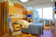Overnight accommodations for parents are included in every patient room, as well as an entertainment system. All patient rooms, like exam and operating rooms in the tower, are same-handed to minimize staff errors and increase care team efficiency. Photo: Craig Dugan Photography