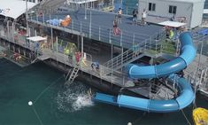 Moore Roof Pontoon. Departing Cairns. Already booked.