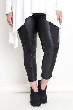 Plus Size Dual Fabric Black Skinny Pant Jeggings #plussizepants #plussizefashion #plussizeleggings #plussizejeggings