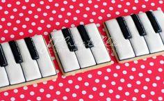 Piano keys cookies