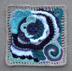Inspiring and a joy to do I'm sure: Free form mixed Crochet as art. See another in sunset colours here: http://leblogdemarie.fr/2012/04/08/soleil/