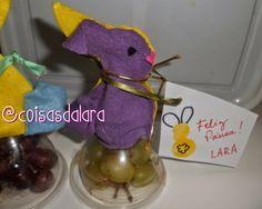 Páscoa SEM chocolate - Coelhinho com garrafa pet e feltro.... recheado de frutas!   No blog o passo-a-passo... http://coisas-da-lara.blogspot.com/2014/04/coelhinho-da-pascoa-com-garrafa-pet-e.html