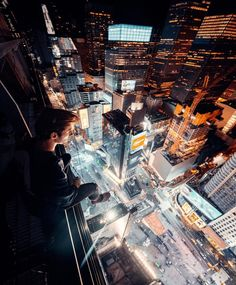 Outstanding Underwater And Adventure Photography By Sam Kølder Urban Photography, Video Photography, Landscape Photography, Travel Photography, Photography Ideas, Night Photography, Sam Kolder, New Perspective, Perspective Pictures