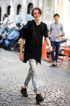 cool-teen-fashion-looks-for-boys-23