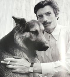 hommage-a-Jean-Ferrat. Jeans Fit, Jean Ferrat, Pet Dogs, Pets, Blog Images, Shepherd Dog, The Beatles, Famous People, Celebrities
