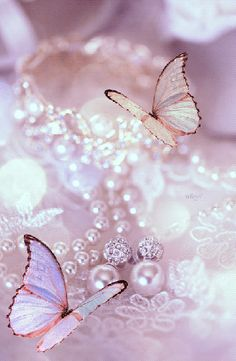 The perfect Butterfly Pearls Pink Animated GIF for your conversation. Discover and Share the best GIFs on Tenor. Phone Wallpaper Images, Cute Wallpaper For Phone, Flower Phone Wallpaper, Heart Wallpaper, Butterfly Wallpaper, Cellphone Wallpaper, Pink Wallpaper, Wallpaper Backgrounds, Wallpaper Nature Flowers
